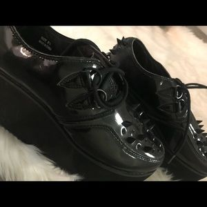 YRU studded platform shoes